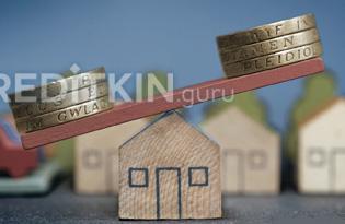 Как выгоднее гасить ипотеку досрочно: уменьшение платежа или срока?
